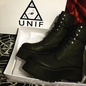 NIB UNIF Armada platform boot Size 8 DOLLSKILL